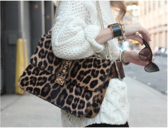 valentino-leopard-purse